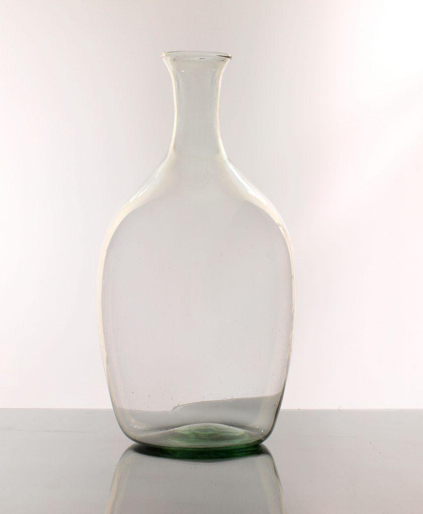 Wazon Szklany W Kształcie Dużej Btli Na Wino